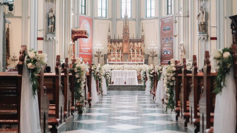 10 Tips para Decorar la Iglesia el día de tu Boda